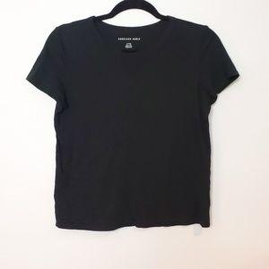 American Eagle Cropped Basic Black T-Shirt